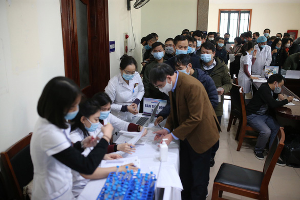 Vietnam conducts COVID-19 tests on journalists who will cover 13th Party National Congress