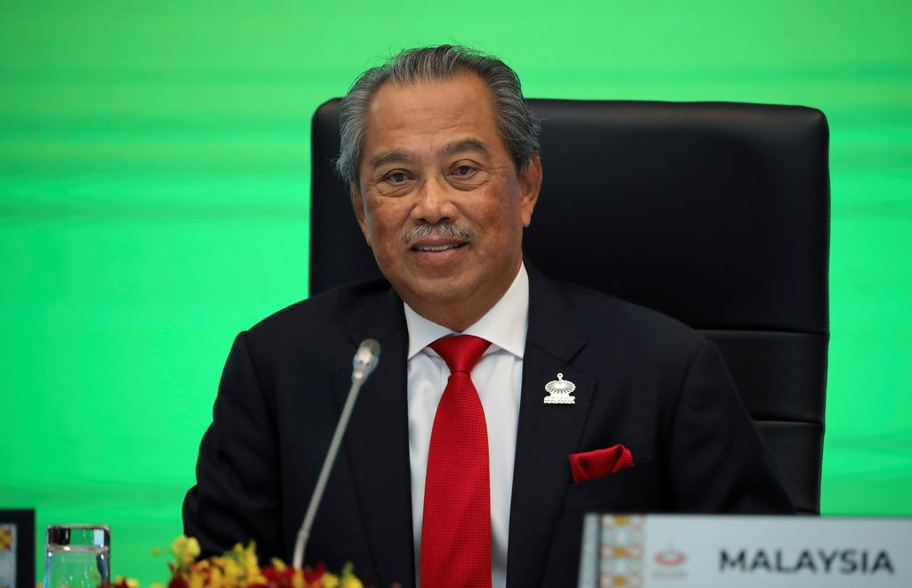 Malaysia to roll out additional $3.7 billion stimulus measures: PM