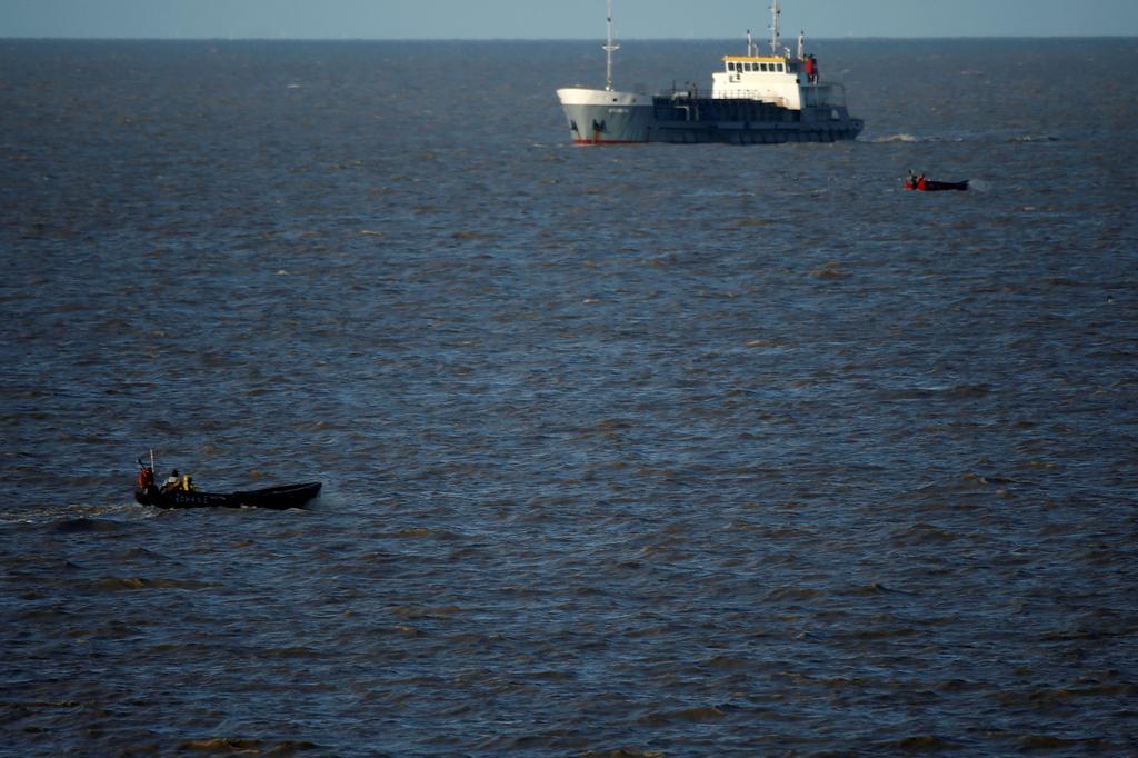Top global traders work to ease seafarer crisis due to coronavirus