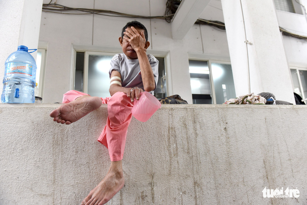 Nguyen Ngoc Em is pictured at Cho Ray Hospital in District 5, Ho Chi Minh City. Photo: Duyen Phan / Tuoi Tre
