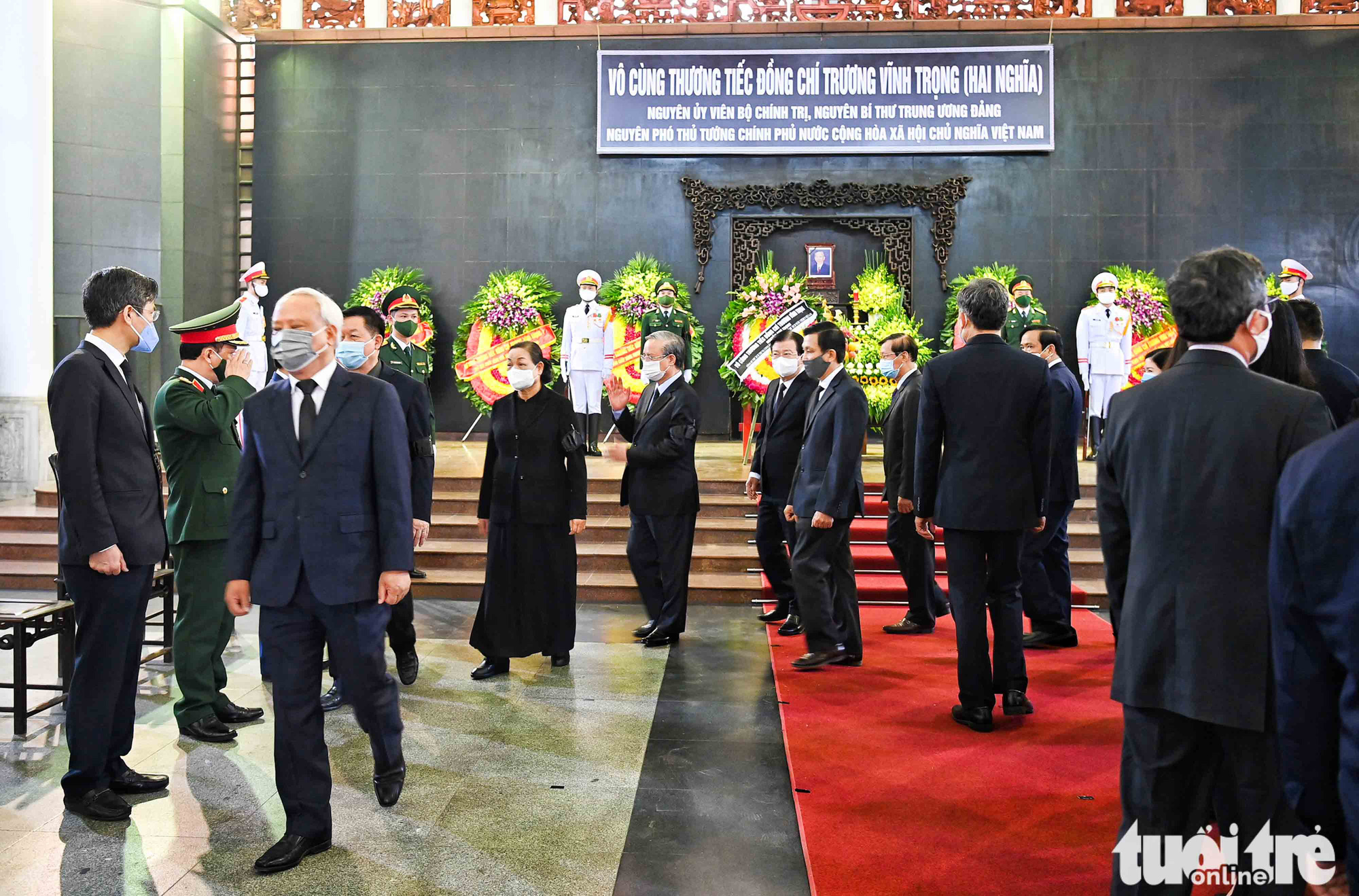 Vietnamese high-ranking officials attend the funeral of former Vietnamese Deputy Prime Minister Truong Vinh Trong in Hanoi, February 21, 2021. Photo: Hoang Phong / Tuoi Tre