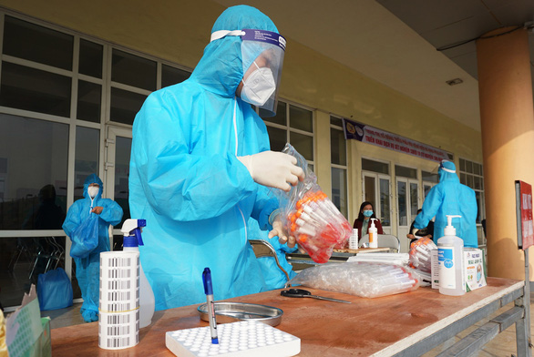 Vietnam confirms 15 local coronavirus infections, 90 recoveries in same province