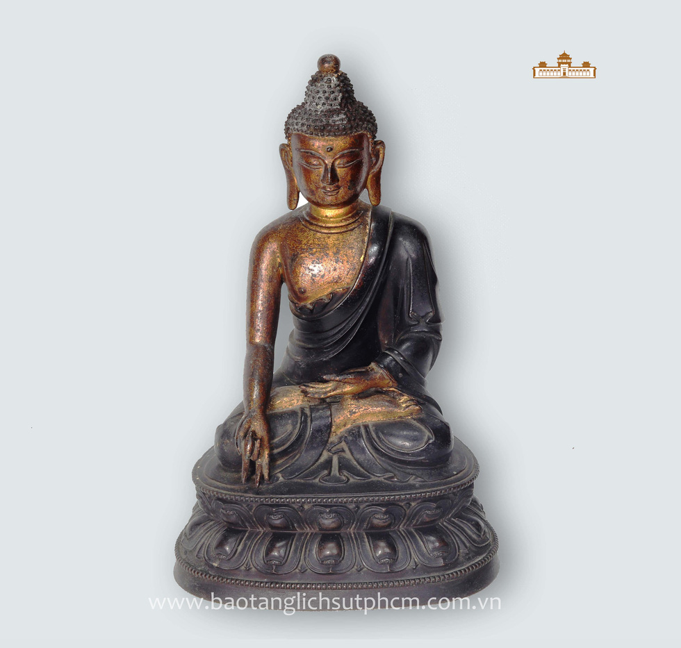 A 19th century Buddha statue from Tibet