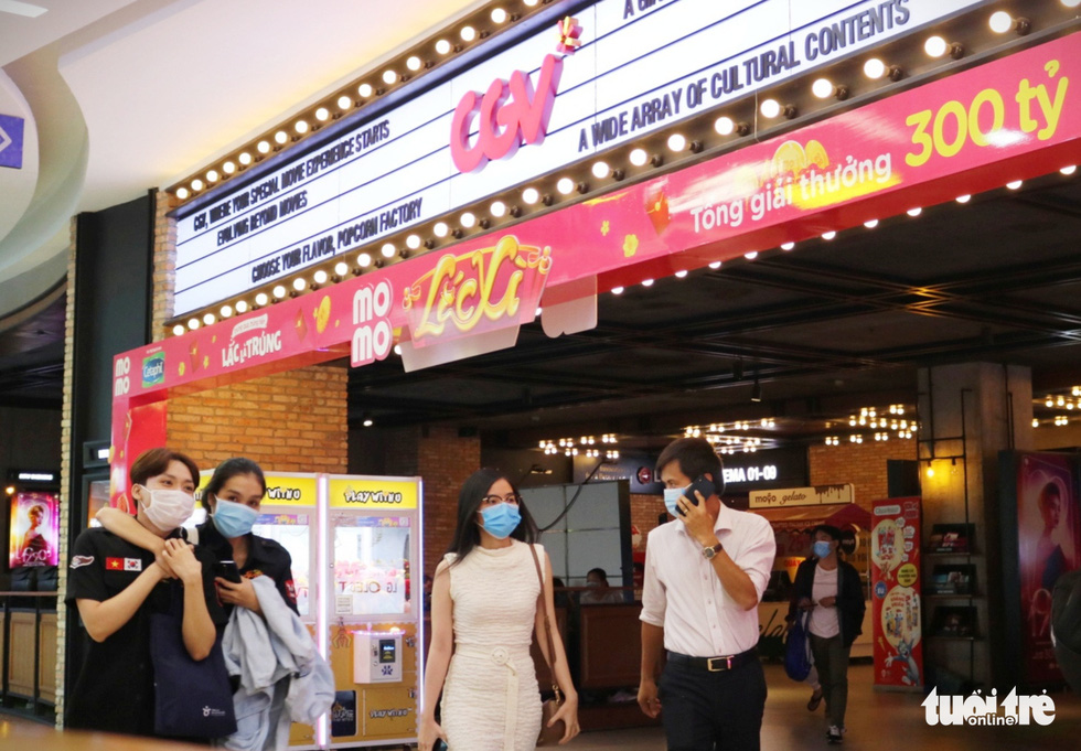People wearing face masks visit a CGV cinema in Van Hanh Mall in District 10, Ho Chi Minh City, March 9, 2021. Photo: Nhat Thinh / Tuoi Tre