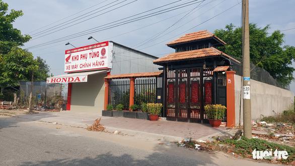 Tran Tri Manh's warehouse of counterfeit products in Chau Doc City, An Giang Province, Vietnam. Photo: Buu Dau / Tuoi Tre